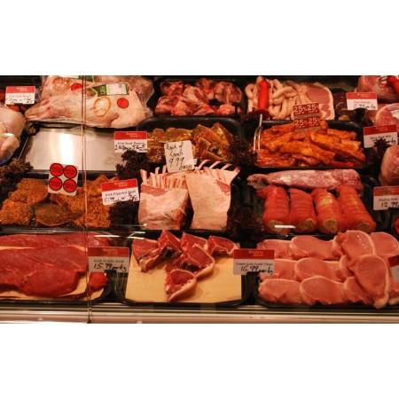 Komplet czarnych pojemników do prezentacji mięsa i drobiu w ladzie mięsnej,  dł. prezentacji 195 cm formula Pojemniki GN z poliw