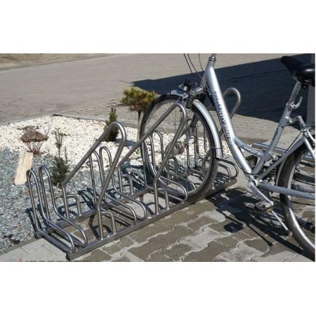 Stojak na rowery RAD-6 z barierką inox Krajowy Stojaki na rowery - 4store.pl
