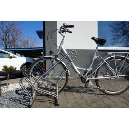 Stojak na rowery CROSS-6 z barierką inox Krajowy Stojaki na rowery - 4store.pl